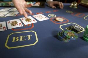 karibskij-poker-caribbean-stud-poke_2